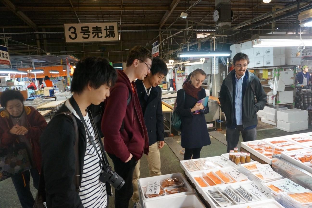 塩釜魚市場4
