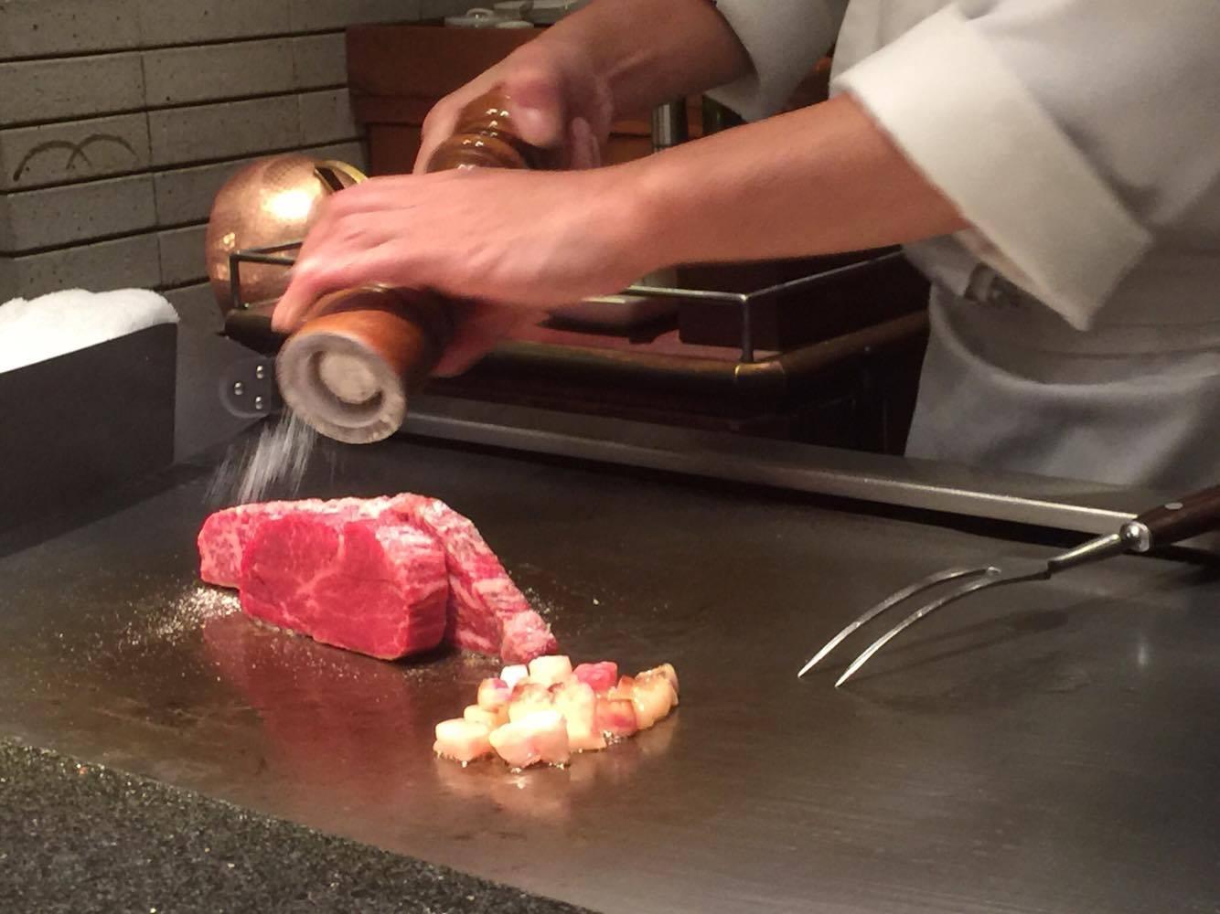 仙台ロイヤルパークホテルで優雅なディナー