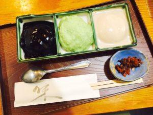 在村上屋糕点店品尝仙台名产毛豆泥糕