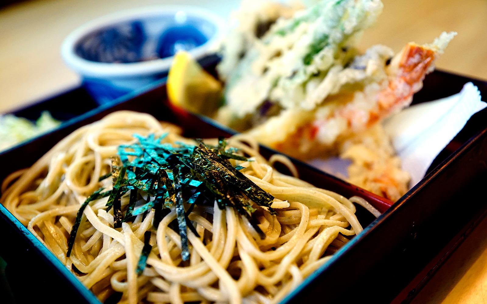 山形一の老舗で、江戸時代から続く伝統の「そば」を堪能!