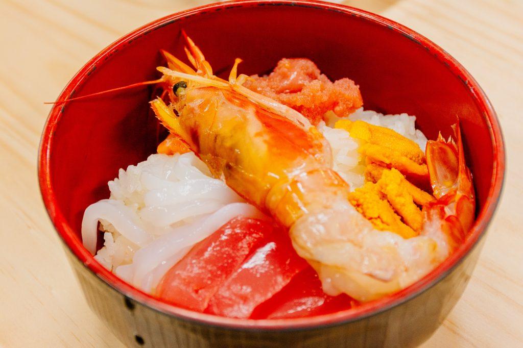 塩釜仲卸市場で、オリジナル海鮮丼を作ろう!!